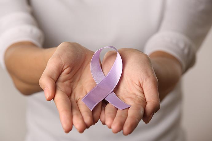 Gimdos kaklelio ikivėžinių ligų ir vėžio patikra - Klinika Unėja