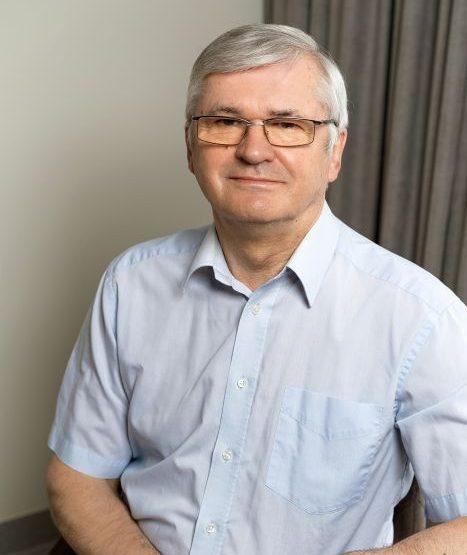 Doc. dr. Vladas Gintautas - Klinika Unėja
